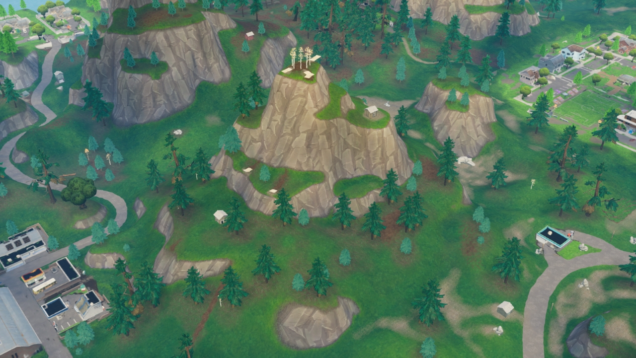 Fortnite-Search-between-a-Gas-Station-Soccer-Pitch-and-Stunt-Mountain-Where-to-find-the-Hidden-Battle-Stars