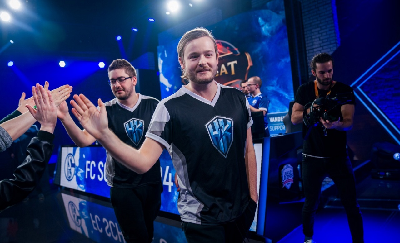 Promisq-joins-G2-Esports-League-of-Legends-roster