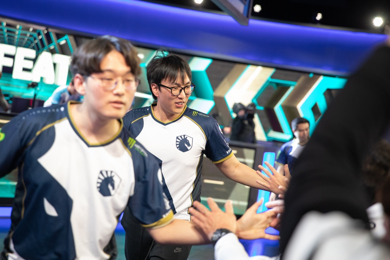 Team-Liquid-remain-undefeated-in-Week-2-of-League-of-Legends-LCS